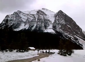 We hope you can visit Lake Louise with us - Samurai Innovation